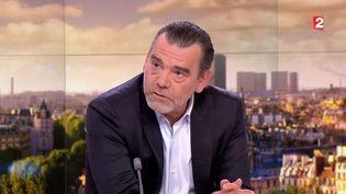 Capture d'écran montrantFrank Berton, avocat français de Salah Abdselam sur le plateau du 20 heuresde France 2 le 27 avril 2016 (FRANCE 2)