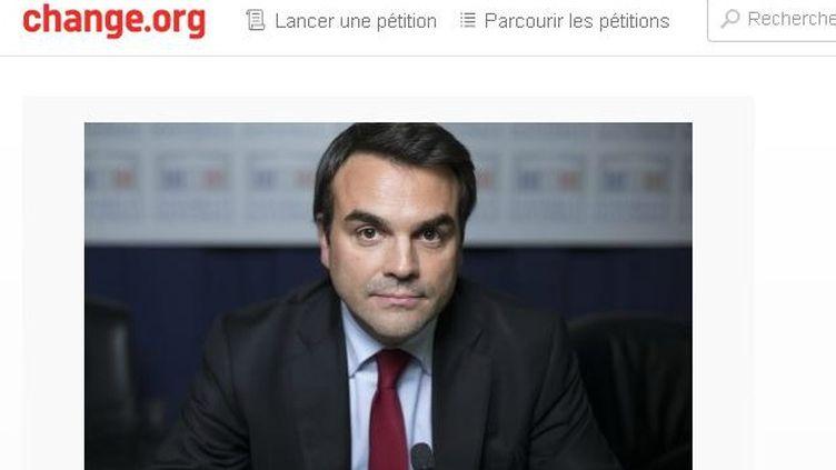 """(La pétition """"Appel à la démission de Thomas Thévenoud de son mandat de député"""" a recueilli plus de 60.000 signatures en quelques heures © Capture d'écran de la pétition mise en ligne sur la plateforme Change.org)"""