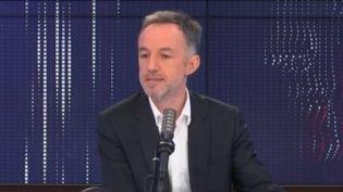 Emmanuel Grégoire, premier adjoint de la maire (PS) de Paris, était l'invité de franceinfo dimanche 7 mars 2021. (FRANCEINFO / RADIOFRANCE)