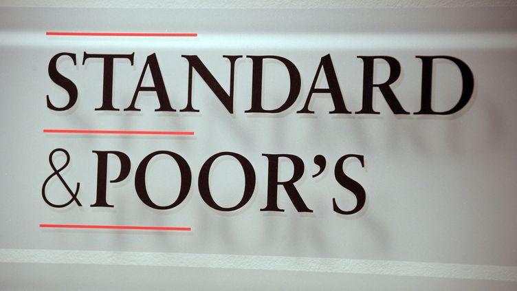 L'agence s'inquiète d'un risque de récession prolongée en Italie. (ERIC PIERMONT / AFP)