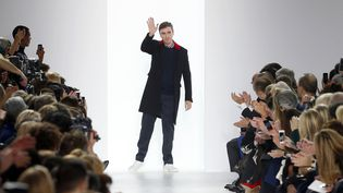 Raf Simmons, à la tête des collections femme de Christian Dior de 2012 à 2015, était annoncé chez Calvin Klein depuis plusieurs mois  (FRANCOIS GUILLOT / AFP)