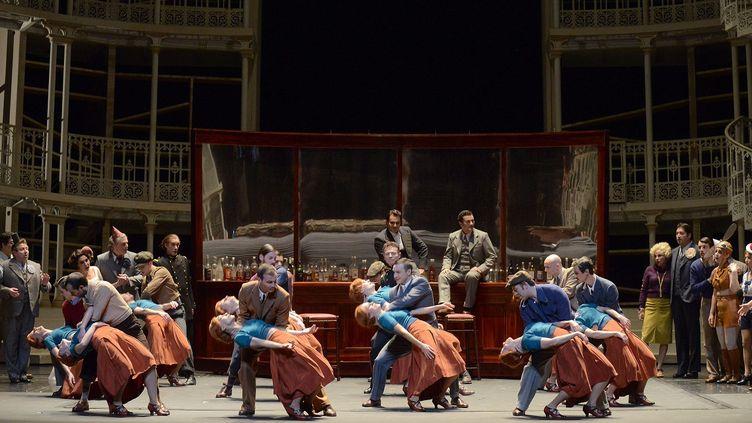 La scène des 14 Marguerite.  (Vincent Pontet/Opéra national de Paris)