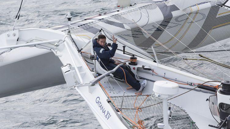 """Sébastien Josse, sur son classe Ultime """"Edmond de Rotschild"""", sur la Route du Rhum, le 2 novembre 2014. (JEAN-MARIE LIOT / AFP)"""