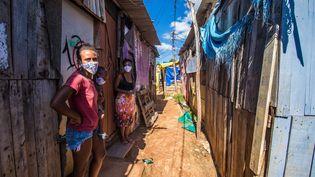 Santa Cruz, une des favelas de Rio de Janeiro (Brésil), le 21 mai 2020. (ELLAN LUSTOSA / MAXPPP)