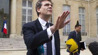 Le ministre du Redressement productif, Arnaud Montebourg, à la sortie du Conseil des ministres, à l'Elysée, le 2 mai 2013. (JACQUES BRINON / AP / SIPA)