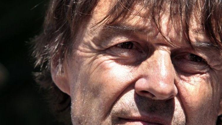Nicolas Hulot à Fervaches, le 4 juillet 2011 (AFP PHOTO KENZO TRIBOUILLARD)