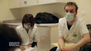 Envoyé spécial. Aux urgences pédopsychiatriques de Rennes (ENVOYÉ SPÉCIAL  / FRANCE 2)
