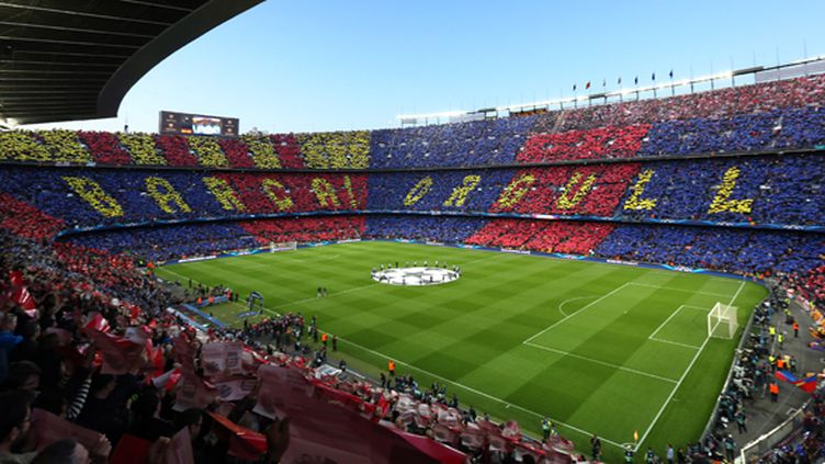 Le Camp Nou de Barcelone derrière son équipe (MANUEL BLONDEAU / AOP PRESS)