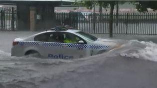 En Australie, des pluies diluviennes se sont abattues sur la ville de Sydney. Le bilan fait état d'un mort. (FRANCE 2)