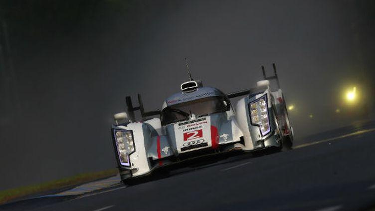 L'Audi N.2 de Duval, Kristensen et McNish