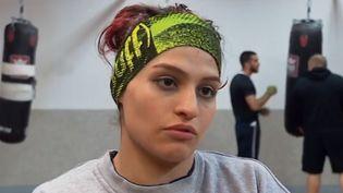Pour la première fois, une Iranienne va participer à un combat de boxe officiel samedi 13 avril à Royan (Charente-Maritime). (FRANCE 3)