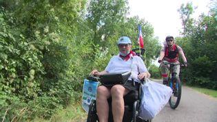 A 74 ans, AnneMorelli Jagu parcout 110 km en fauteuil roulant pour sensibiliser sur le handicap (France 3 Paris Ile-de-France)