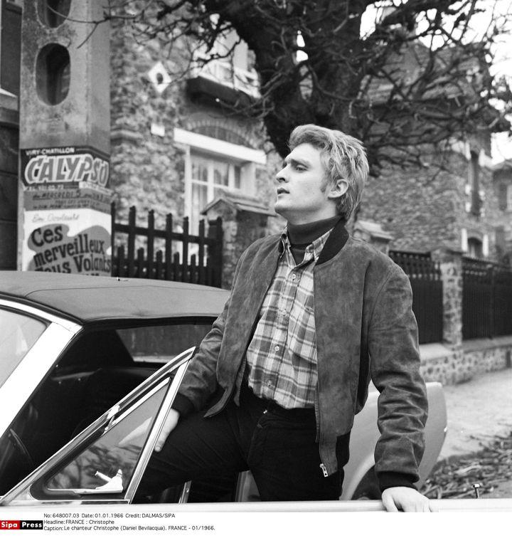 Le chanteur en 1966. (DALMAS/SIPA)