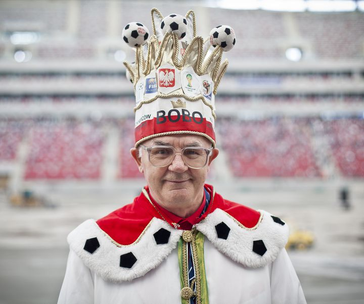 AndrezjBobowski, autoproclamé Roi des Supporters polonais. (WOJTEK RADWANSKI / AFP)