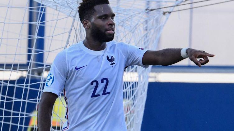 L'attaquant français Odsonne Edouard a permis à ses coéquipiers de s'imposer 2-0 face à l'Islande, mercredi 31 mars 2021. (ATTILA KISBENEDEK / AFP)