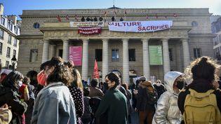 A Paris, le 6 mars 2021 : des acteurs de la cultureoccupent le Théâtre de l'Europe Odéonpour protester contre la fermeture des lieux culturels et de spectacle. (MAGALI COHEN / HANS LUCAS)