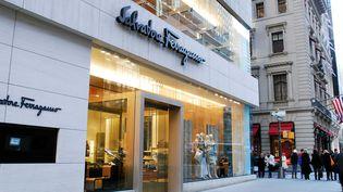 Une boutique de Ferragamo à New York sur la 5e Avenue.  (NEGROTTO VIVIANE/SIPA)