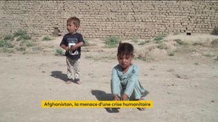Des enfants afghans qui peinent à se nourrir (FRANCEINFO)