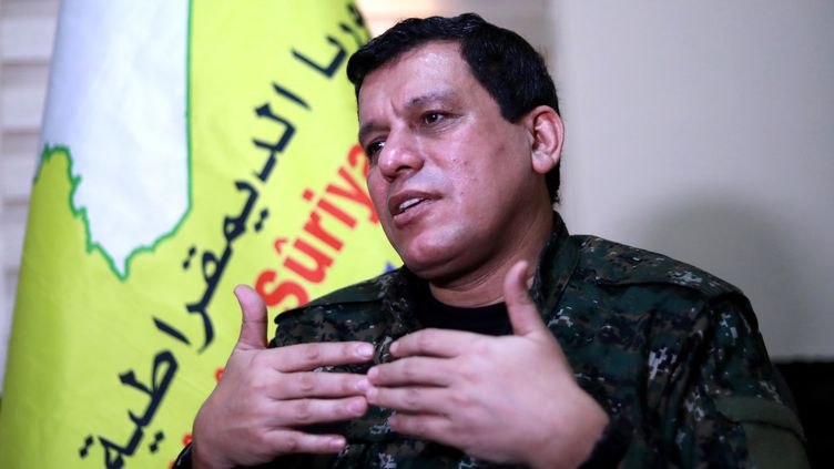 Mazloum Kobani, commandant en chef des Forces démocratiques syriennes (FDS), lors d'un entretien à l'AFP, àHassaké (Syrie), le 24 janvier 2019. (DELIL SOULEIMAN / AFP)
