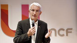 Guillaume Pépy, président de la SNCF, à Paris, le 6 décembre 2017. (ERIC PIERMONT / AFP)