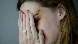 Près de 2,5 millions de femmes sont victimes de violences conjugales en France, selonl'association Solidarité femmes. (SEAN MURPHY / GETTY IMAGES)