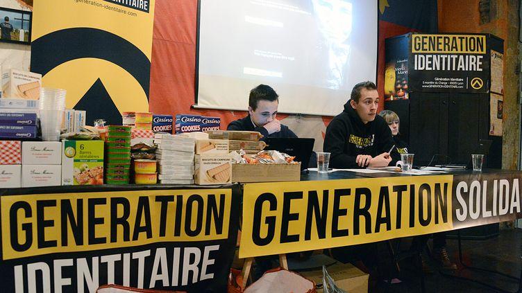Des membres du groupuscule d'extrême-droite Génération identitiaire en conférence de presse à Lyon, le 22 janvier 2013. (  MAXPPP)