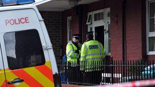 La police mène ses investigations à Greenwich, un quartier de Londres, le 23 mai 2013. (CARL COURT / AFP)