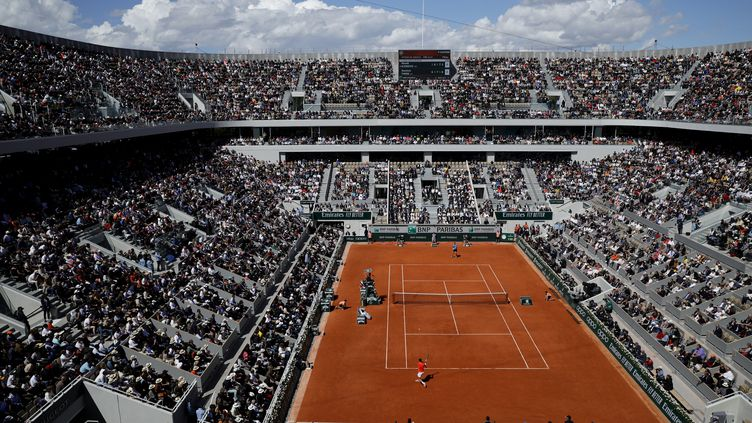 Le cours Philippe Chatrier lors de la rencontre Djokovic-Thiem, le 8 juin 2019. (THOMAS SAMSON / AFP)