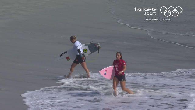 La surfeuse auvergnate Johanne Defay est éliminée dès les huitièmes de finale de la compétition de surf par la Portugaise Yolanda Hopkins.