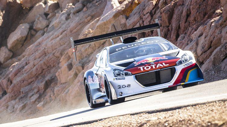 Sébastien Loeb en répétition à Pikes Peak avec la Peugeot 208 T16 (WWW.REDBULLCONTENTPOOL.COM)