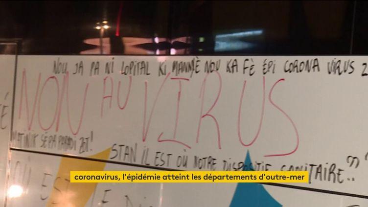 Des Martiniquais s'en sont pris à des touristes étrangers par peur du coronavirus (FRANCEINFO)