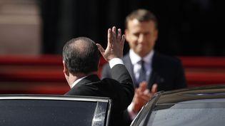 François Hollande lors de la passation de pouvoirs avec Emmanuel Macron, le 14 mai 2017 à l'Elysée. (MAXPPP)