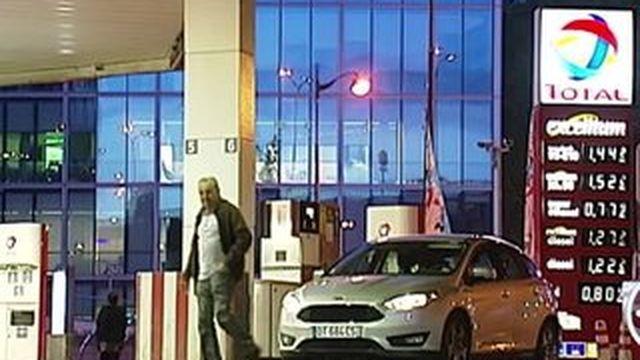 Le prix du carburant ne cesse de baisser