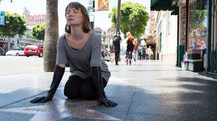 "Mia Wasikovska dans ""Maps to the Stars"" de David Cronenberg  (Daniel McFadden)"