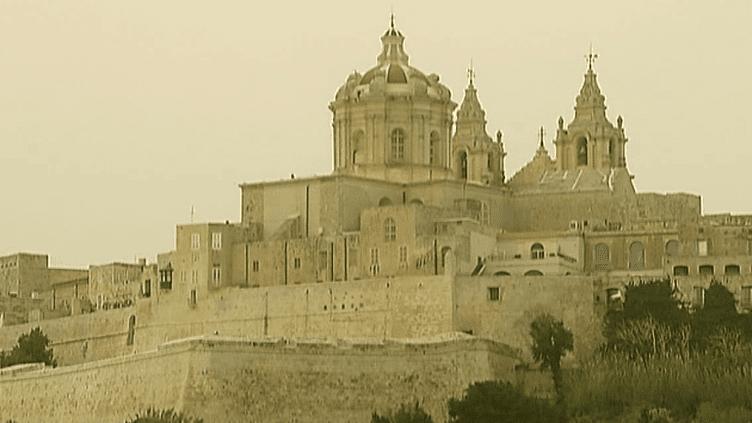 Mdina, ville médiévale de Malte fût construite par les Arabes sur des remparts pour proteger la cité des invasions.  (France2 / Culturebox)