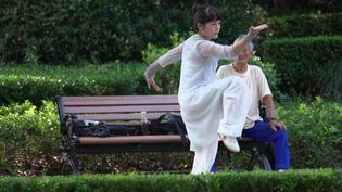 Série : retour des habitants dans le parc Fuxing à Shanghai (FRANCE 2)