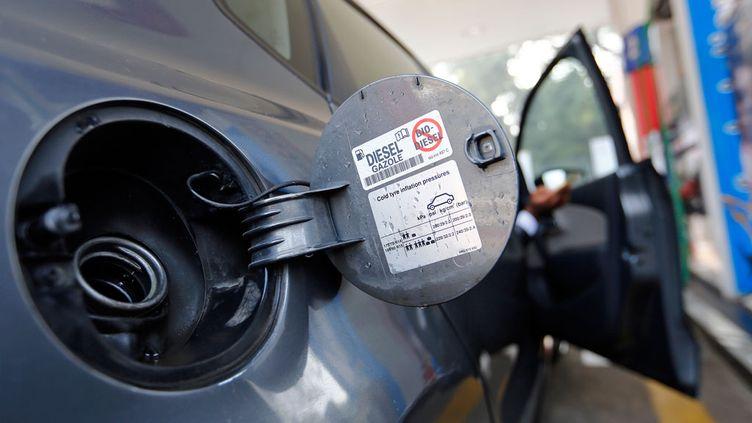 """(Le """"dieselgate"""" éclabousse 16 marques automobiles en Allemagne © REUTERS/Anindito Mukherjee)"""