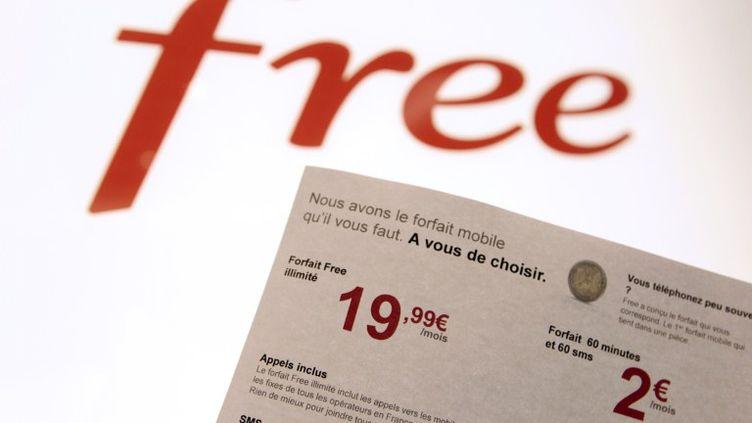 Les forfaits Free Mobile ont été lancés le 10 janvier 2012. (KENZO TRIBOUILLARD / AFP)