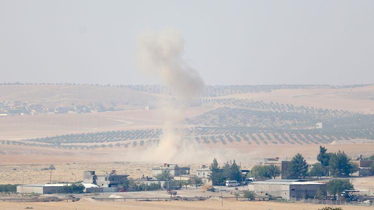 La ville de Jarablos, ex-fief du groupe Etat islamique en Syrie, proche de la frontière turque, le 28 août 2016. Cette zone est la cible des des tirs d'artillerie et des frappes aériennes menés par la Turquie. (ENSAR OZDEMIR / ANADOLU AGENCY / AFP)
