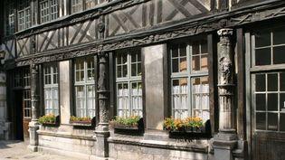 L'Aître Saint-Maclou de Rouen  (Photo12 / Gilles Targat)