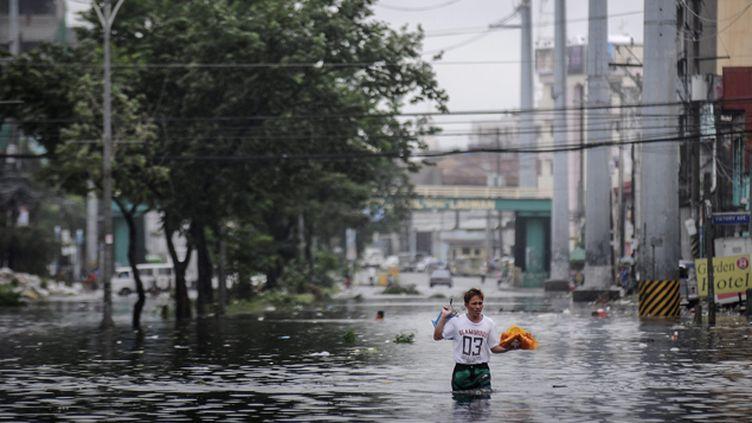 (L'archipel des Philippines est régulièrement touché par des typhons et tempêtes violents © MAXPPP)