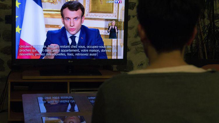 """Le chef de l'Etat s'adresse aux Français lundi 16 mars. """"Nous sommes en guerre"""" contre le coronavirus, a-t-il déclaré. (RICHARD BRUNEL / MAXPPP)"""