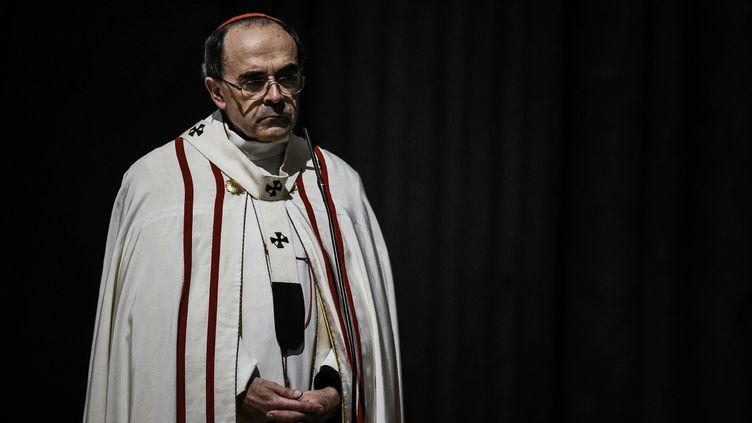 (Le cardinal Barbarin était accusé de ne pas avoir dénoncé des faits d'aggressions sexuelles commis par le père Bernard Preynat © AFP / JEFF PACHOUD)