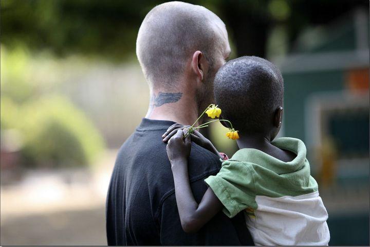 Le footballeur David Beckham lors d'une visite en Sierra Leone pour l'Unicef, le 19 janvier 2008. (GETTY IMAGES EUROPE)