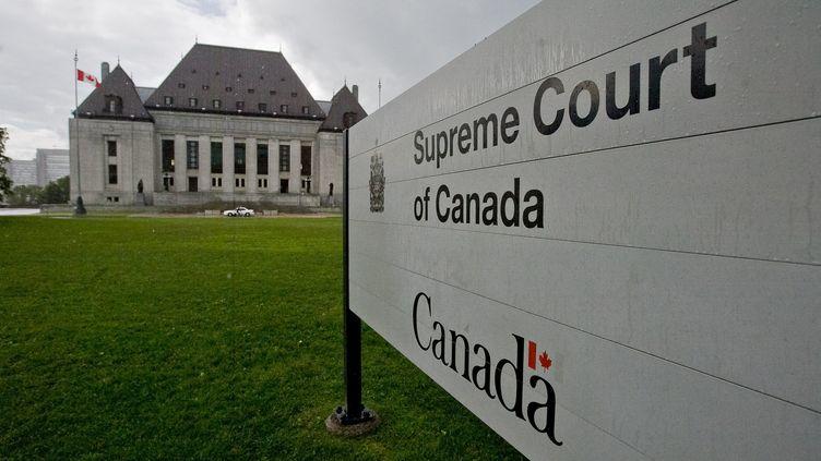 Le 15 février 2021, la Cour Suprême du Canada, à Ottawa, s'est penchée sur les éventuelles limites posées à l'humour. (GEOFF ROBINS / AFP)
