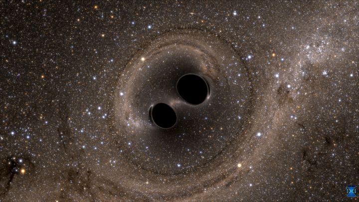 Cette simulation datée du 11 février 2016 présente lacollision de deux trous noirs qui a permis de détecter des ondes gravitationnelles pour la première fois. (LIGO LABORATORY / REUTERS)