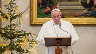 Le pape François lors de la prière de l'Angelus, au Vatican, le 10 janvier 2021. (HANDOUT / VATICAN MEDIA)