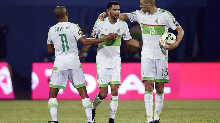 Les coéquipiers de Riyad Mahrez face au match contre le Zimbabwe (KHALED DESOUKI / AFP)