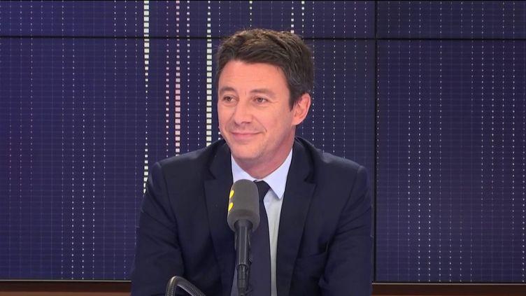 Benjamin Griveaux, le porte-parole du gouvernement, mardi 27 novembre. (RADIO FRANCE / FRANCEINFO)