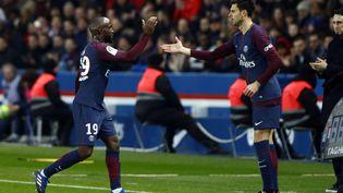 Thigo Motta remplace Lassana Diarra, lors du match PSG-Strasbourg, le 17 février 2018 au Parc des Princes. (MEHDI TAAMALLAH / NURPHOTO)